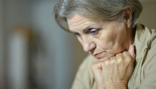 Denuncie a violência contra o idoso – disque 190 em Santos